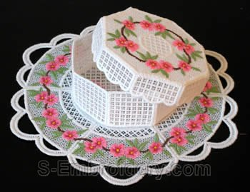 Peach blossom freestanding lace box