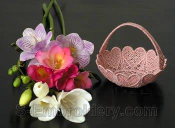 Freestanding lace basket #4
