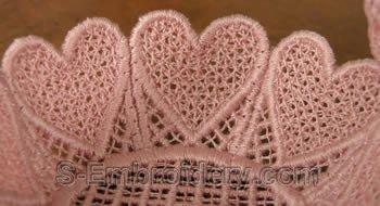 FSL gift basket close-up