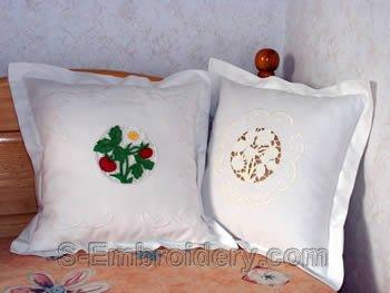 Strawberry Lace decorations set
