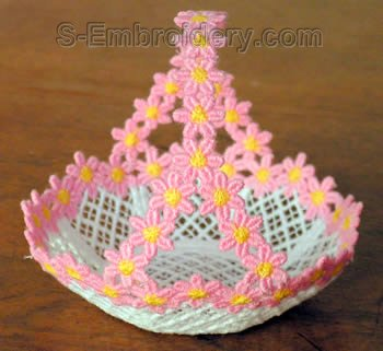 SKU 10265 Freestanding lace mini basket