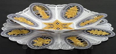 Christmas freestanding lace bowl and doily set