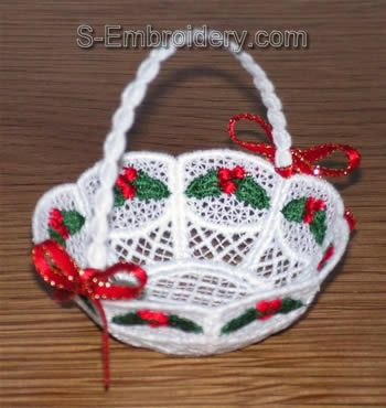 Freestanding lace mini basket #1