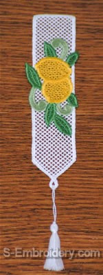 Freestanding Lace Lemon Bookmark