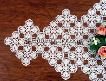 Freestanding Lace Crochet Doily close-up image