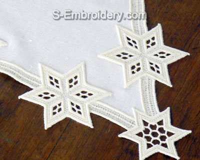 Freestanding Lace Star Doily - close-up image