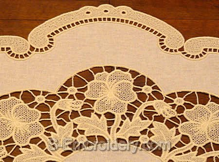 Pansy freestanding lace doily close-up image