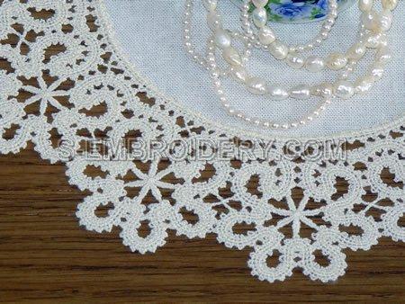 Battenberg freestanding lace doily - close-up image