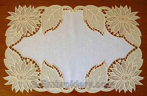 Place mat with sunflower freestanding lace machine embroidery