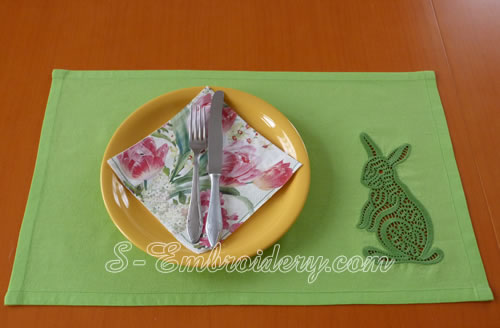 Place mat with cutwork lace bunny machine embroidery decoration