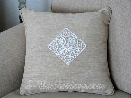 Pillow with Battenburg free standing lace tulip square