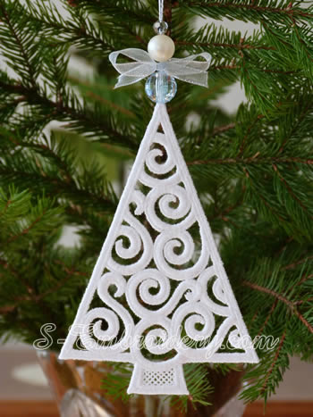 Christmas tree freestanding lace ornament - white