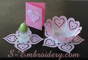 10195 Freestanding lace bowl doily heart