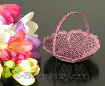 10233 Freestanding lace wedding basket No8