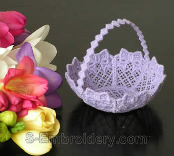 10234 Free standing lace wedding basket No9