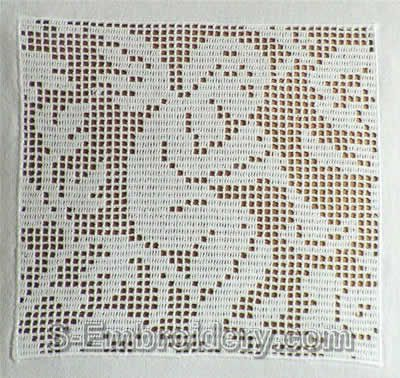 10368 Free standing lace crochet angel square No1